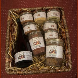 Our finest basket of Medieval gourmet delights